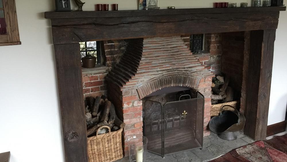 Cubblinton House---fireplace
